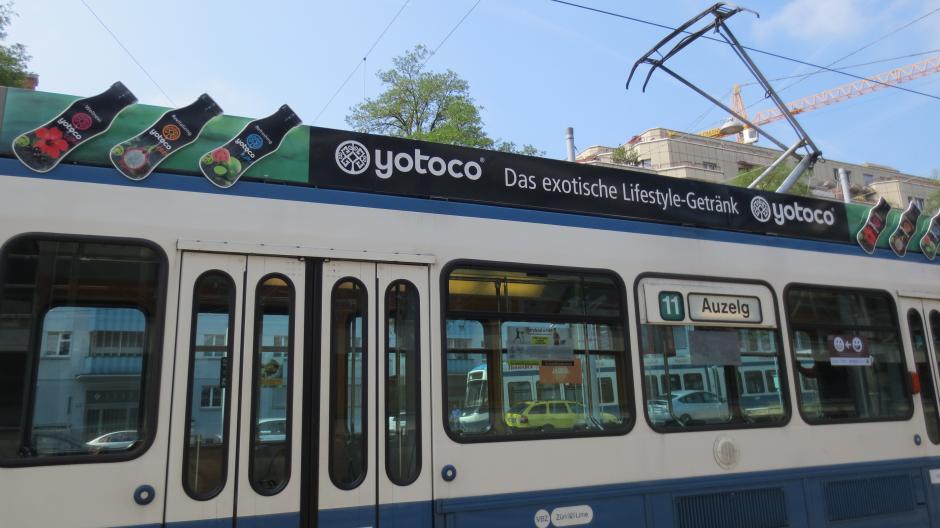 VBZ Traffic Media: Werbung in Tram und Bus zeigt Wirkung