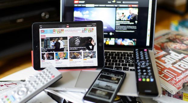 Studie: Schweizer informieren sich hauptsächlich über das Internet