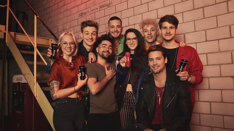 Coca-Cola Schweiz: Acht Stars rufen zu kreativen Storys auf