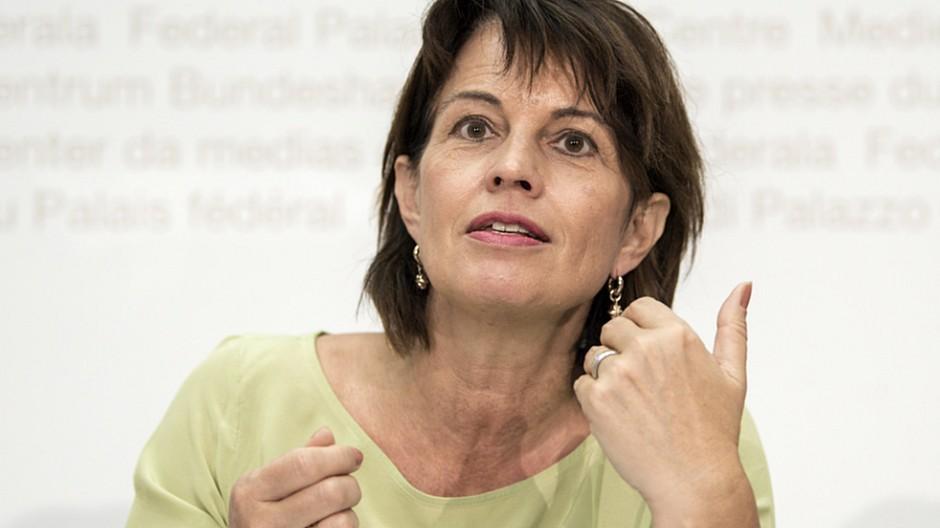 Service-Public-Debatte: Bundesrat reduziert Billag auf 365 Franken im Jahr