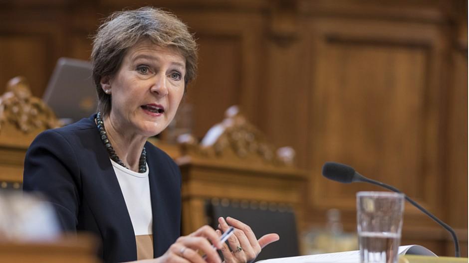 Radio- und TV-Gebühren: Bundesrat soll Abgabe für Firmen überprüfen