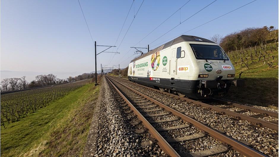 Nachhaltigkeits-Engagement: Coop lanciert «Tatendrang»-Lokomotive