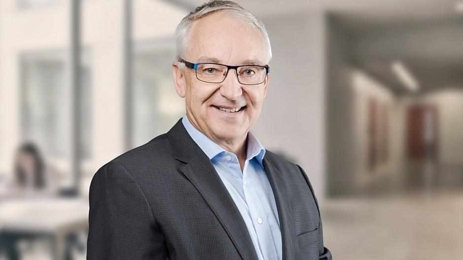 HWZ Centers for Communications: Cyril Meier geht in Pension