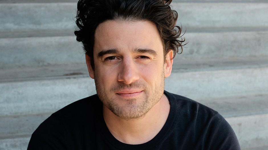 Podcast Produktion: Dino Giglio lanciert die Audiokanzlei