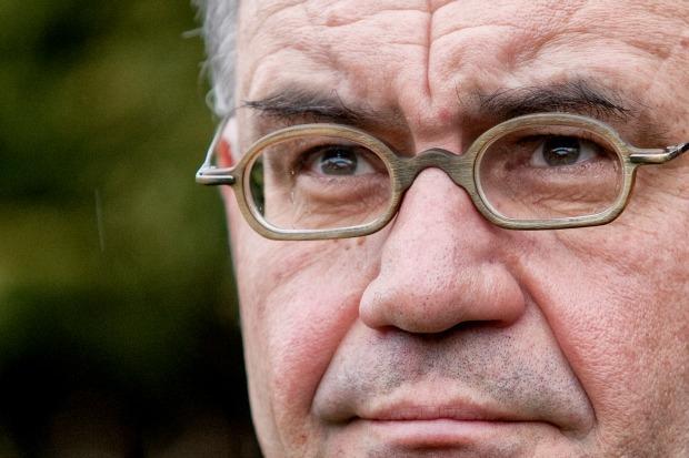 Weltwoche: Whistleblower Rudolf Elmer reicht Klage ein