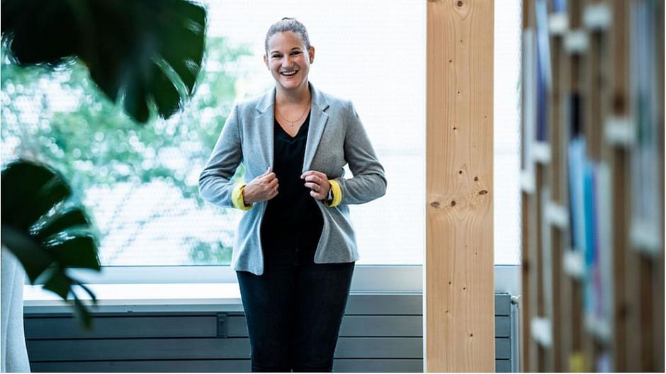 Silvia Peter: Firma für Organisations-Entwicklung gegründet