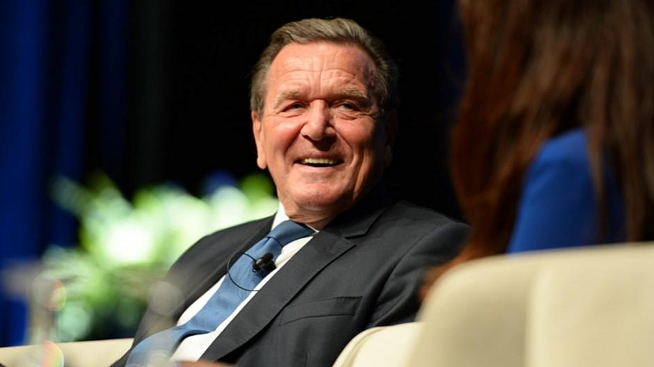 Ringier: Gerhard Schröder bleibt Berater