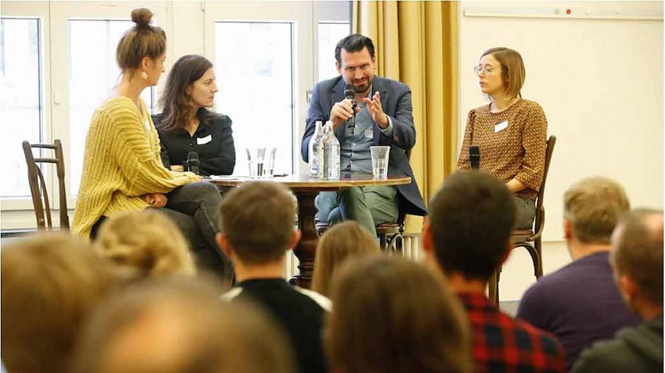 Reporter-Forum: Geschichten hinter den Geschichten