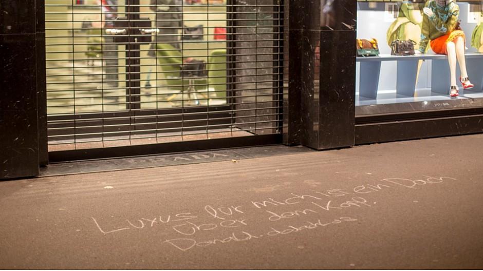 Evoq: Mit Kreide gegen Obdachlosigkeit