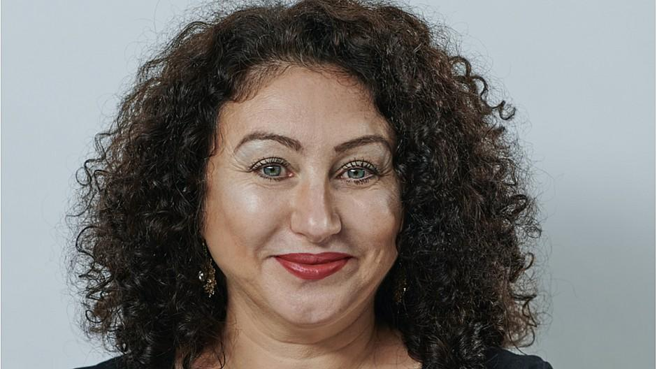 NZZ am Sonntag: Güzin Kar wird neue Kolumnistin