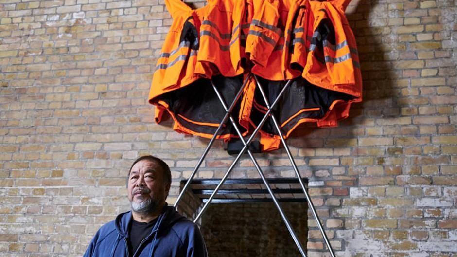 Neutral Zurich / Heimat Berlin: Ai Weiwei wirbt für Hornbach