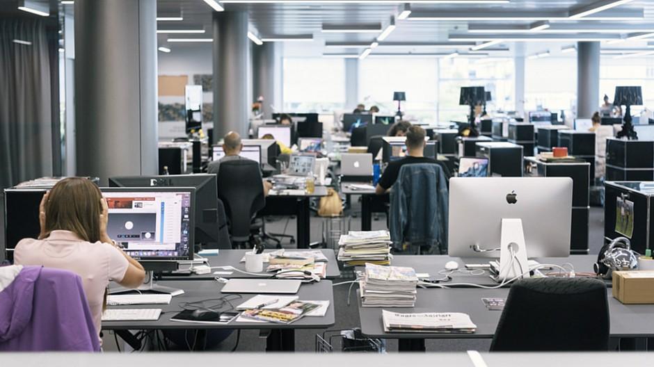 Studie: Ideal und Praxis von Printjournalisten divergieren