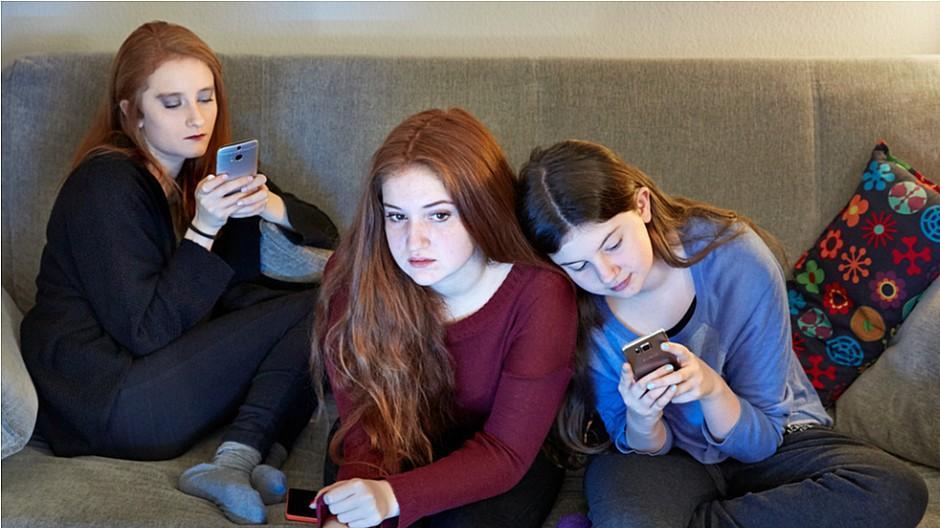 James Studie 2018: Instagram und Snapchat auf Siegeszug bei Jugendlichen