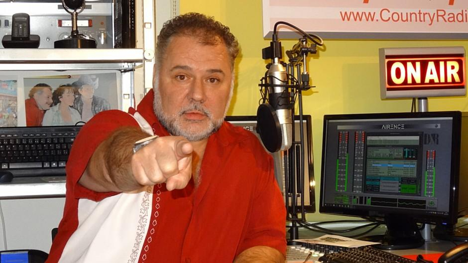 Fördergelder DAB+: Kleinst-Radiobetreiber kritisiert das Bakom