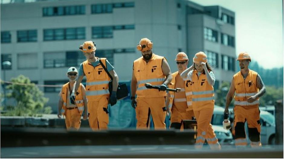 SBB / Farner: Kräftemessen der Handwerkerinnen