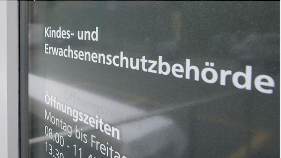 Obersee Nachrichten: Kreisgericht heisst Klage gut
