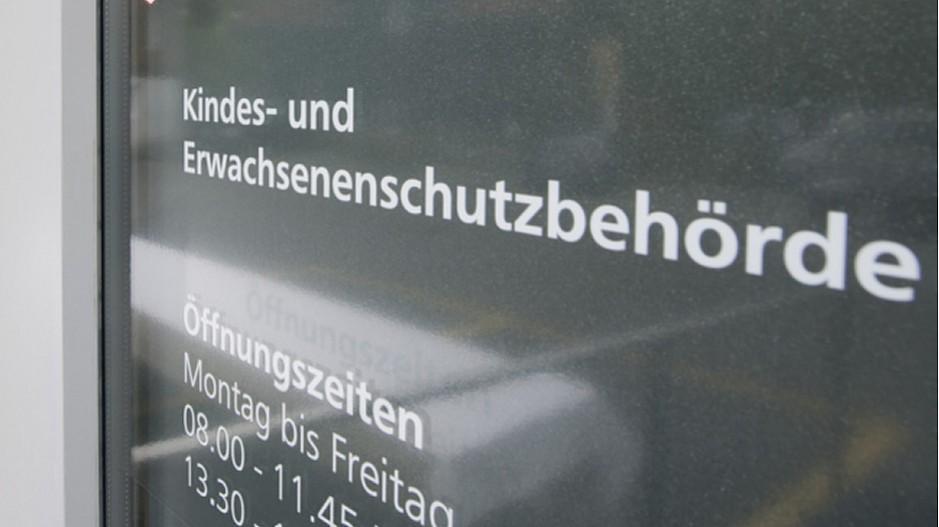 Obersee Nachrichten: Kreisgericht urteilt über KESB-Klage