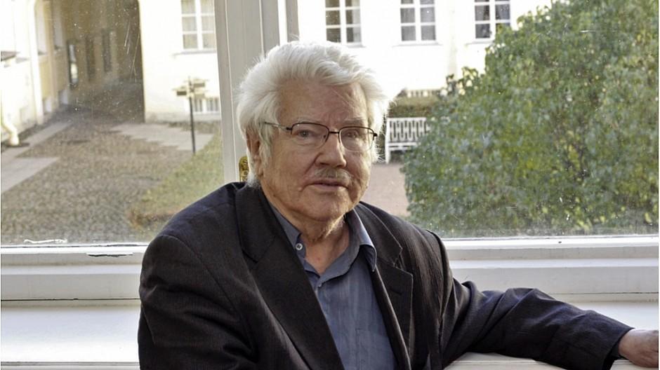 Russland: Kritischer Journalist nach Überfall gestorben