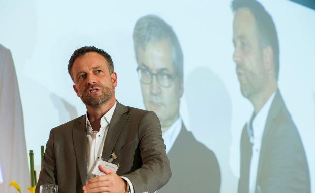 NZZ: Markus Spillmann tritt als Chefredaktor zurück