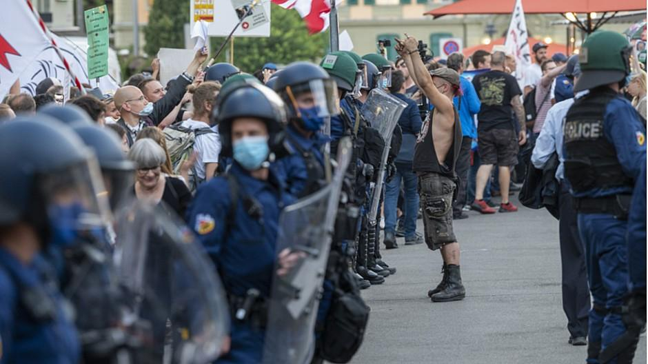 Corona-Demos: Medienschaffende brauchen Personenschutz