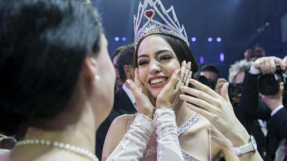 Jastina Doreen Riederer: Miss Schweiz hat Chancen vor Arbeitsgericht