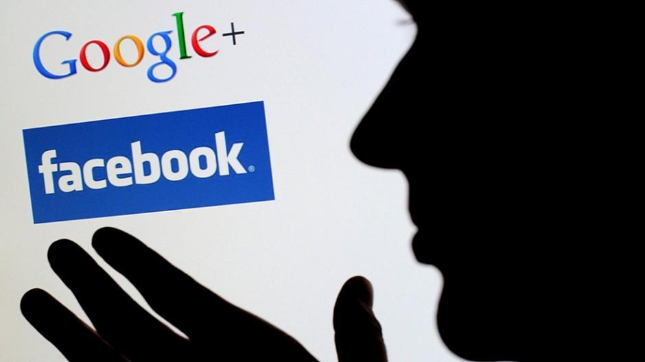Soziale Netzwerke: Nationalrat verlangt Schweizer Zustelladresse