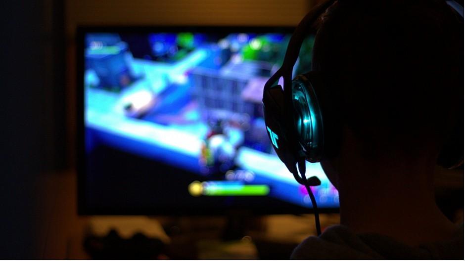 Filme und Games: Nationalrat will Jugendschutzregeln