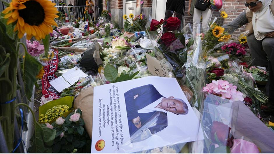 Mordanschlag: Niederländischer Reporter ist gestorben