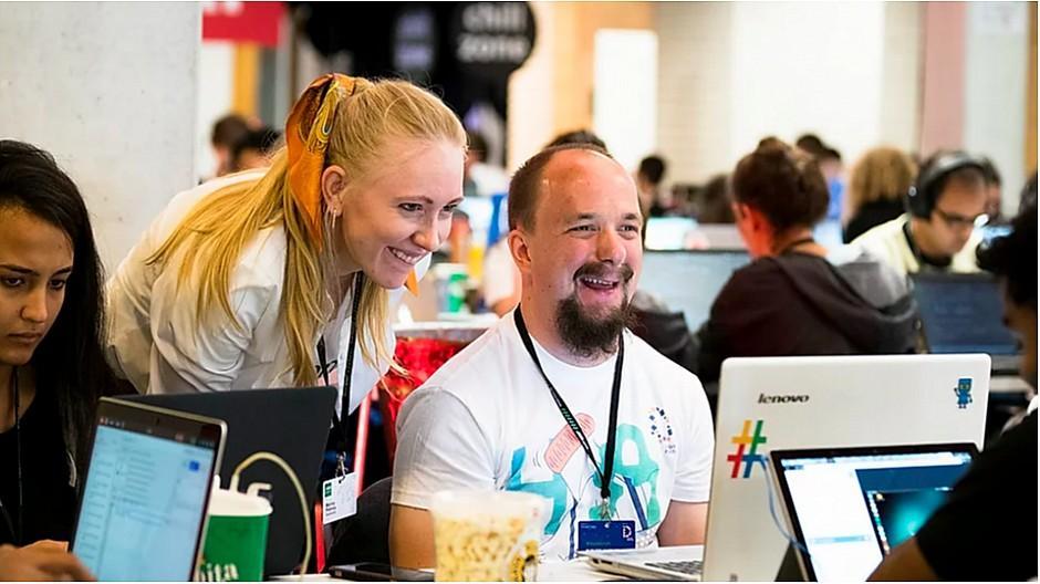 Online-Hackathon in Zürich: Tech-Spezialisten suchen nach Lösungen