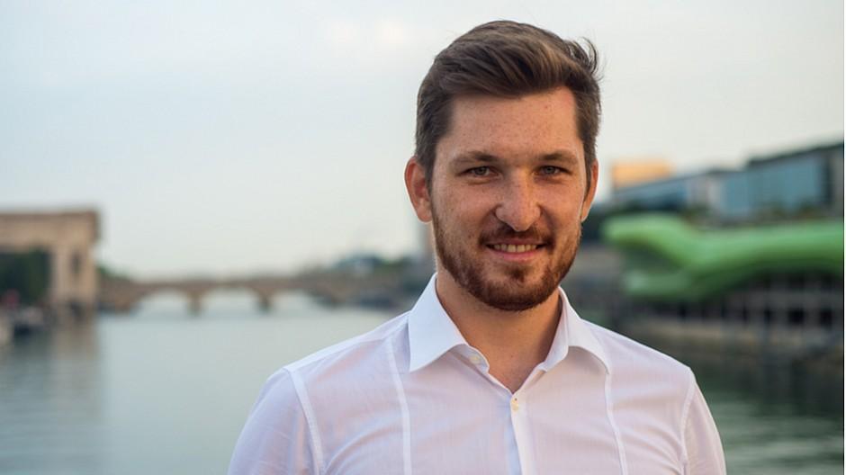 Converto: Paul Röhrig betreut Stammkunden