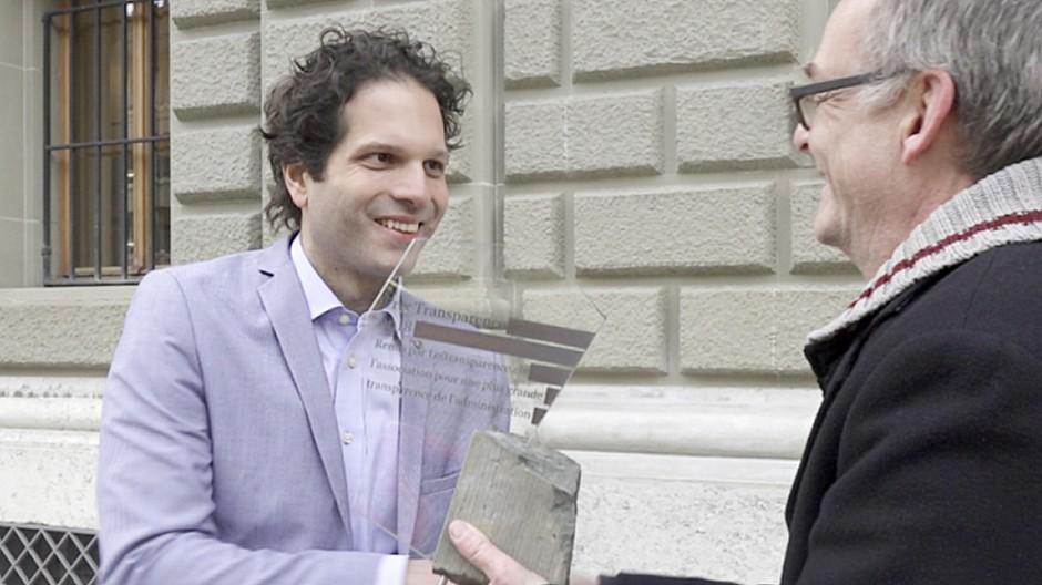 Öffentlichkeitsgesetz: Philippe Boeglin holt den Prix Transparence