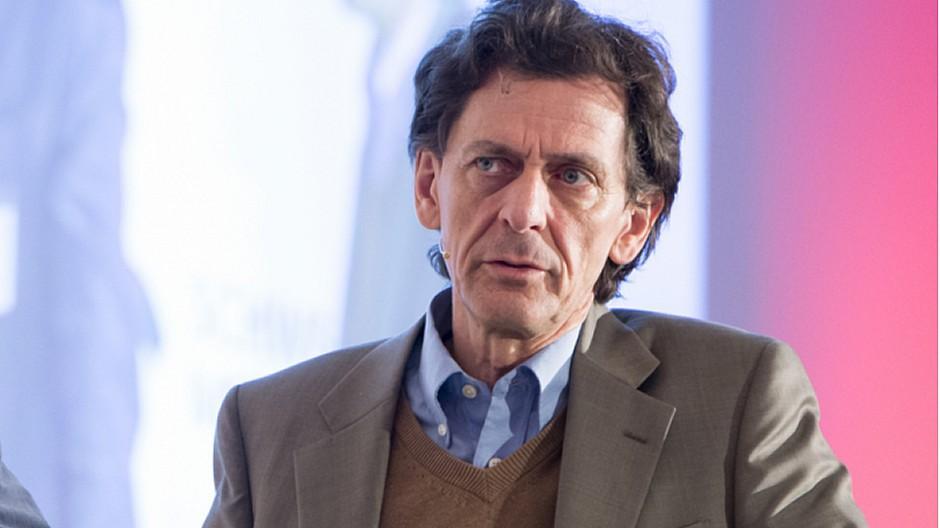 Neue Zürcher Zeitung: Rainer Stadler verliert die Medienseite
