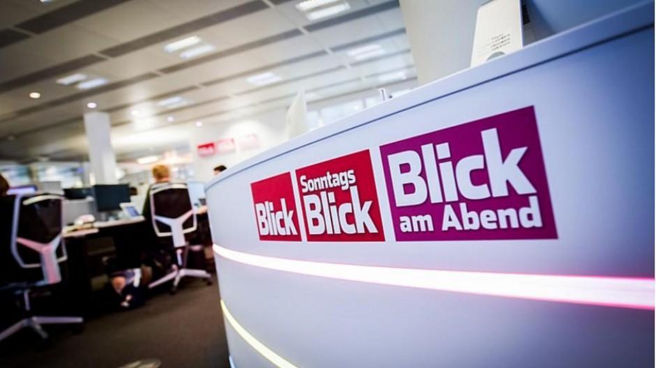 Blick vs. NZZ: Rätsel um Rücktritt bei FC Basel