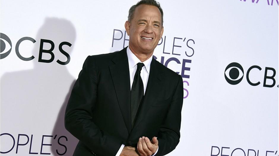 Tom Hanks: Reporter mit neuer Espressomachine beschenkt