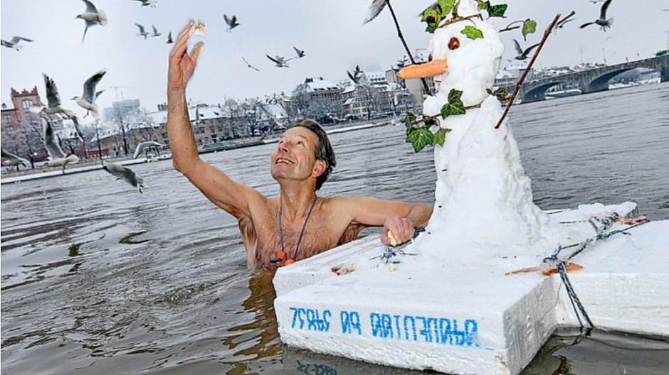 Serie zum Coronavirus: «Rheinschwimmen im Winter ist Therapie»