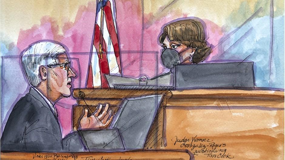 App-Store-Prozess: Richterin nimmt Apple-Chef in die Mangel