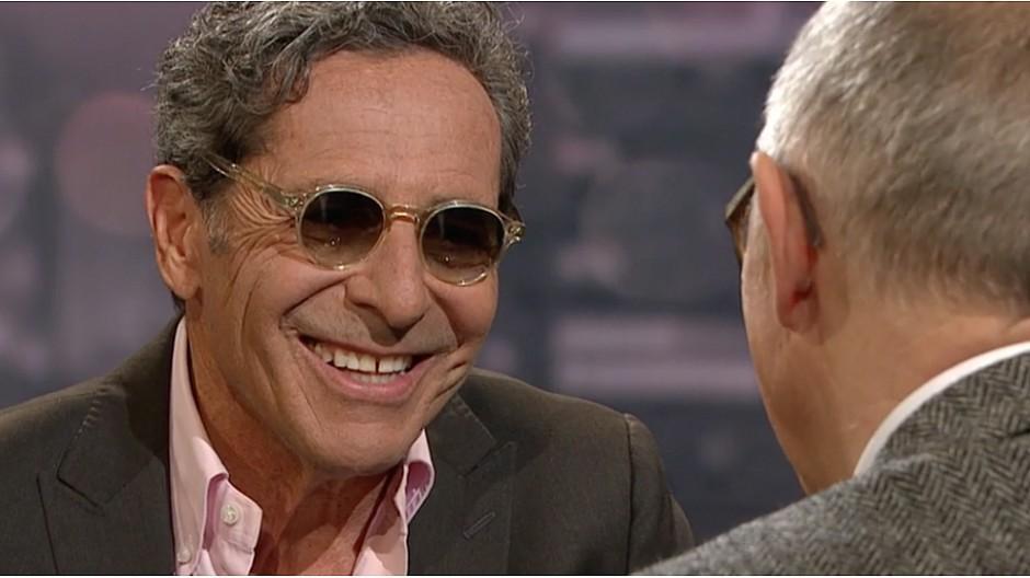 SRF: Roger Schawinski talkt mit Sonnenbrille