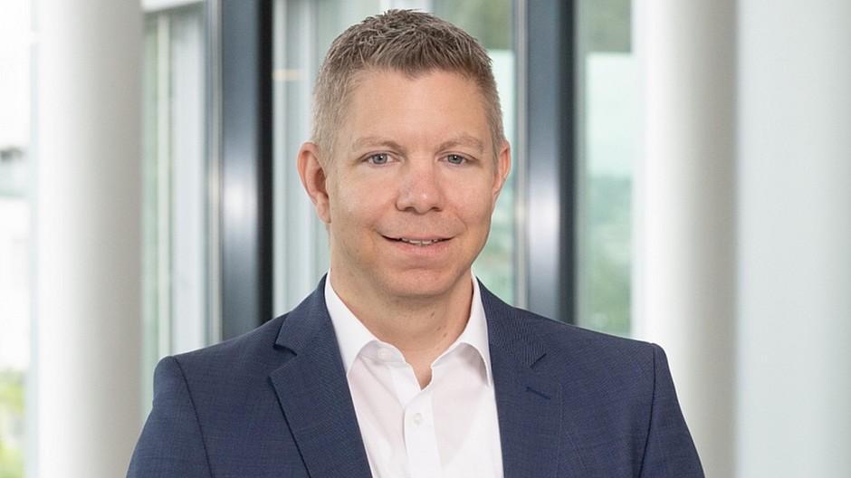 Mercedes-Benz Schweiz: Roger Welti kommuniziert für den Stern