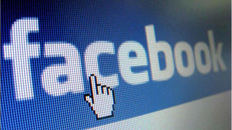 Facebook: Russische Aufsichtsbehörde droht mit Sperre