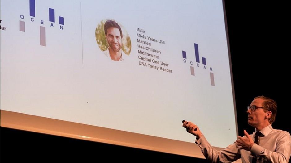 Datenbasiertes Microtargeting: Schweizer Werber entdecken Cambridge Analytica für sich