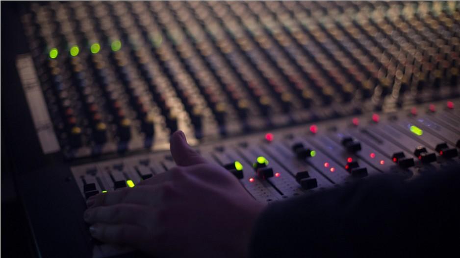 UKW-Abschaltung: Sender sollen 2024 definitiv verstummen