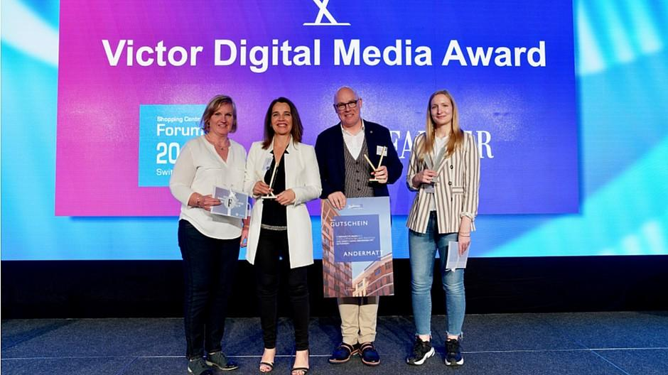 Victor Digital Media Award: Shoppi Tivoli holt sich die Trophäe