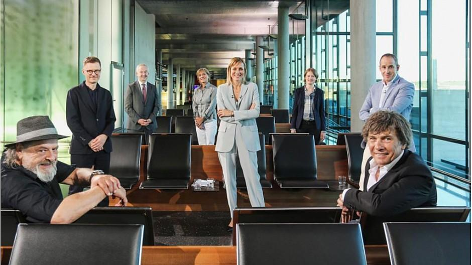 SRF Club: Sommersendungen aus Flughafen und Letzigrund