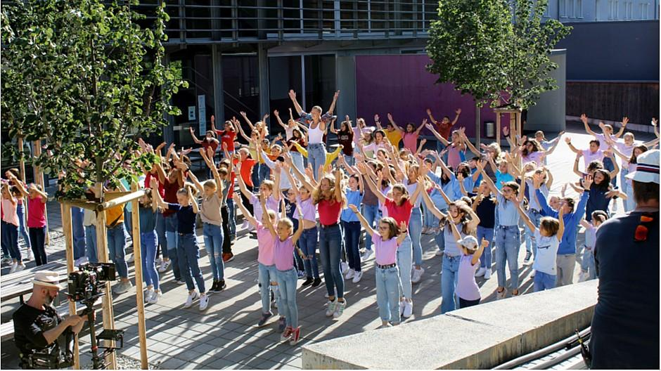 SRF #SayHi: Tanzen gegen Mobbing