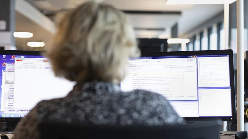 Wahlen 2019: Textroboter Lena hat Sprachen gepaukt