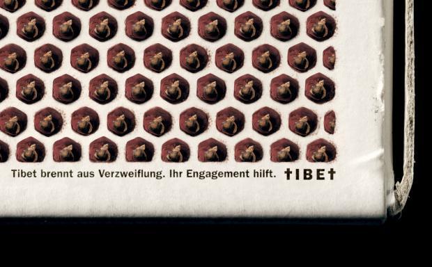 Havas Worldwide Zürich: Eine Zündholzschachtel aus Mönchen