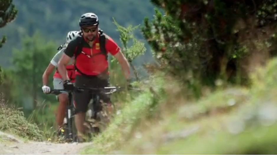 Schweiz Tourismus: Touristen sollen sich aufs Velo schwingen