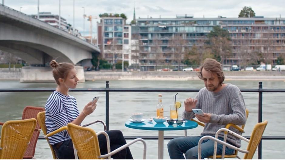 Bezahlen mit dem Smartphone: Typisch schweizerisch zurückhaltend