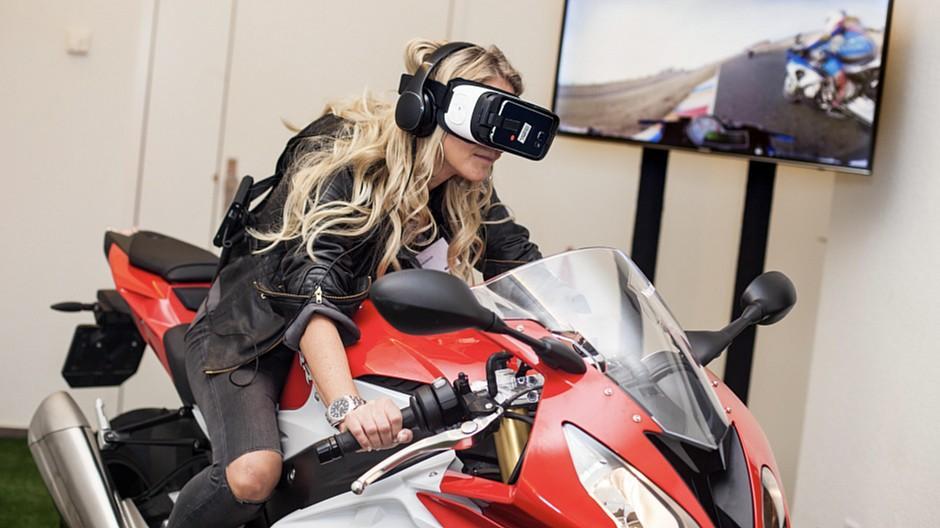 Serviceplan Schweiz: Unendliche Möglichkeiten virtueller Realität