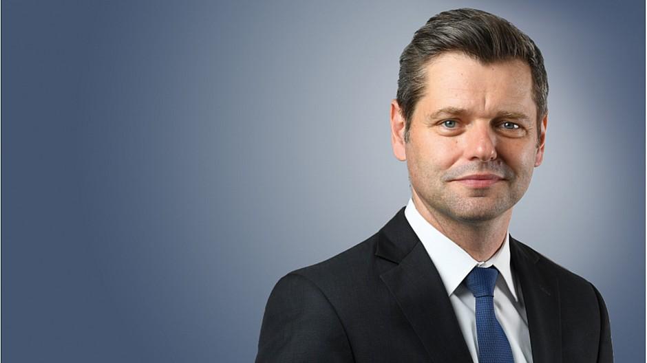 CNN Money Switzerland: Urs Gredig interviewt Wirtschaftschefs